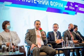 Не можна забувати про соціальну місію держави на ринку житла – Сергій Комнатний